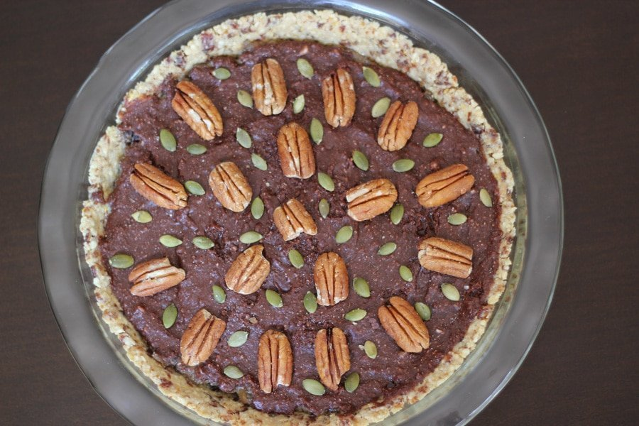 This chocolate chia pecan pie is seriously tasty raw dessert