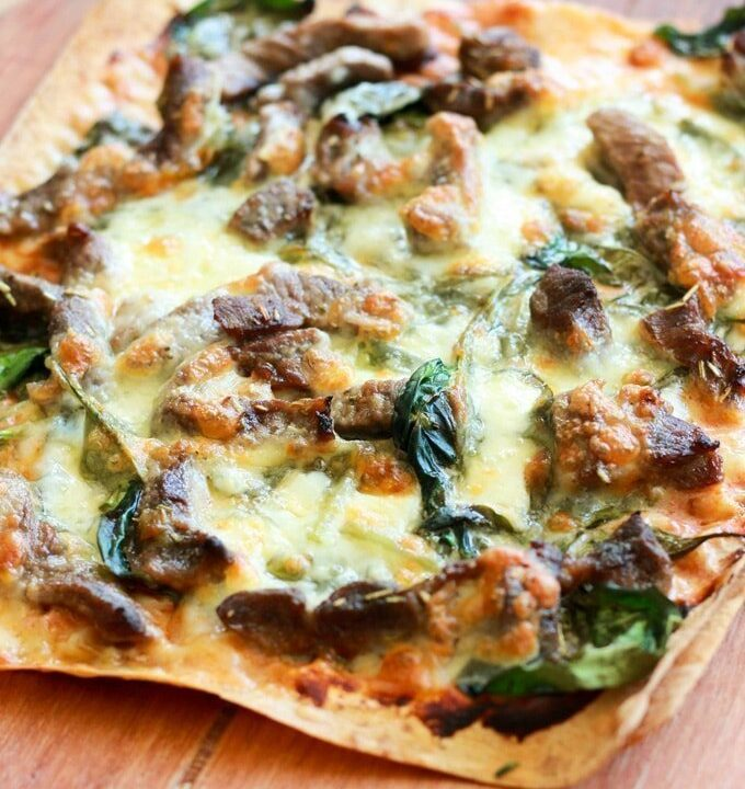 This Greek lamb pizza is an absolute winner. It is packed full of flavour, super easy to make and makes a great weeknight dinner