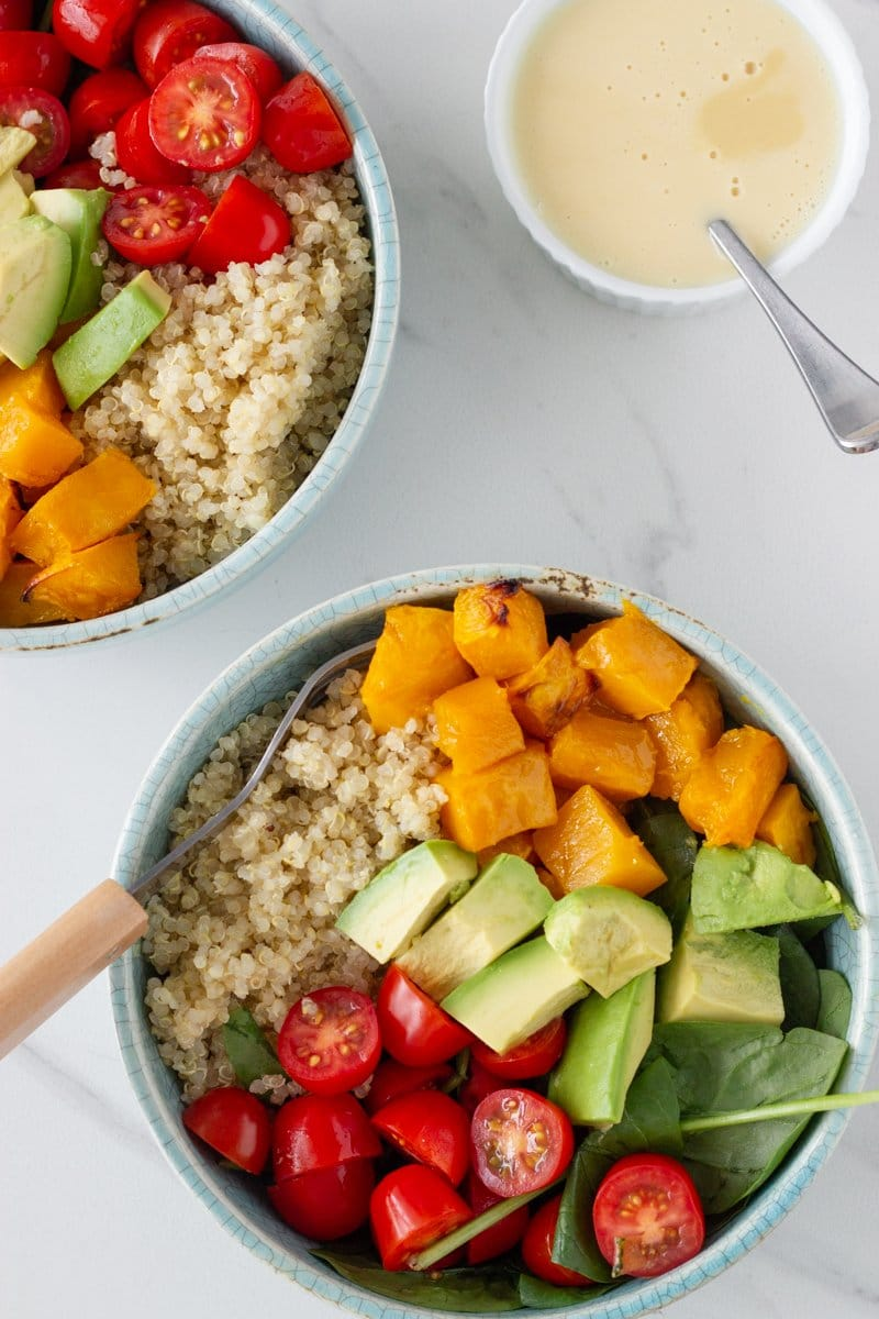 Quinoa Salad with Avocado, Cherry Tomato & Roast Pumpkin is a super healthy salad that everyone in the family will love. It is super easy to prepare and you can save time by preparing the quinoa and roast pumpkin ahead of time.