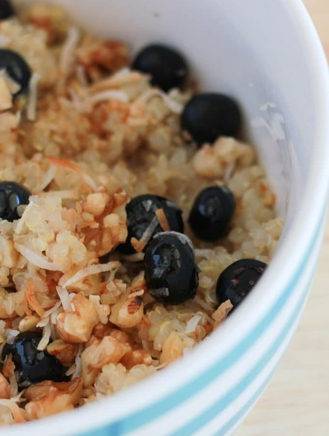 Breakfast Quinoa with Blueberries, Coconut and Walnuts