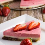 This Raw Strawberry, Lemon & Macadamia Cheesecake tastes amazing, will really wow your guests and best of all is suitable for paleo, vegan, primal, clean eating, gluten free, dairy free & egg free diets