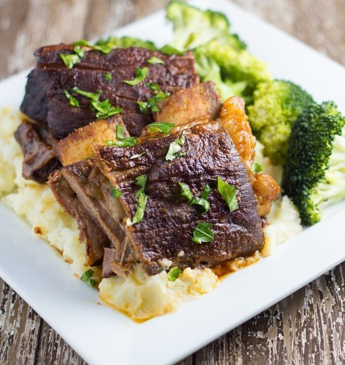 10 Best Slow Cooker Recipes. Slow Cooker Beef Ribs. This is a great meal to serve your guests. They will seriously be impressed!