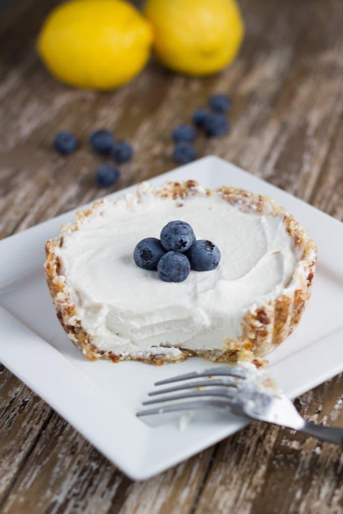15 Best Raw Desserts - Raw Lemon Tart