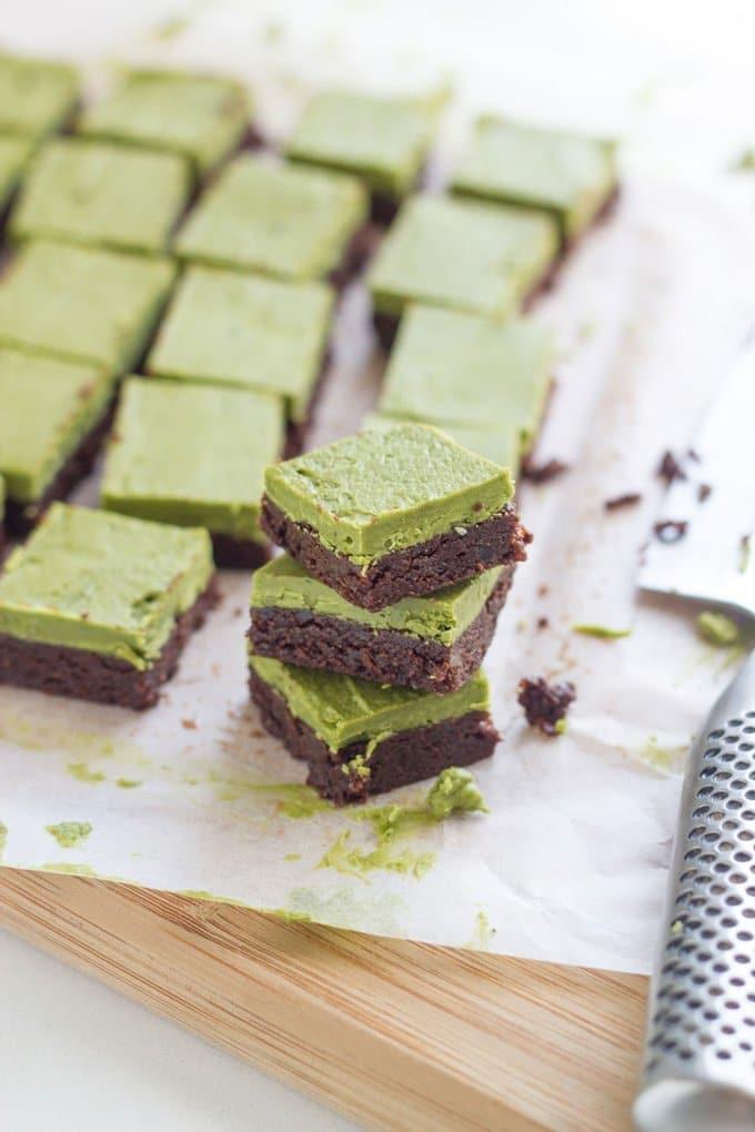 15 Best Raw Desserts - Raw Matcha Brownies.