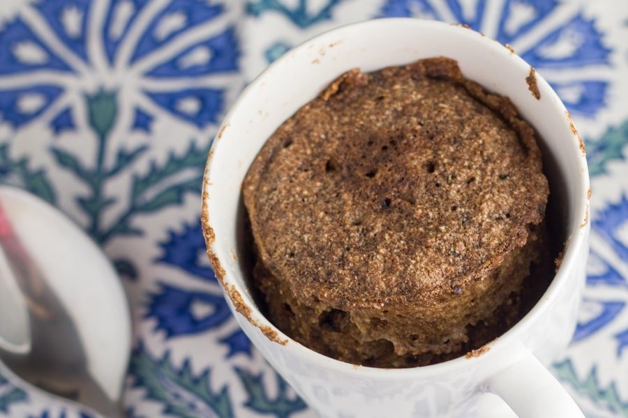 This chocolate mug cake literally takes 5 minutes to make - 3 minutes to prepare and 3 minutes to cook. It is also gluten, dairy and refined sugar free. You can't go wrong with that!
