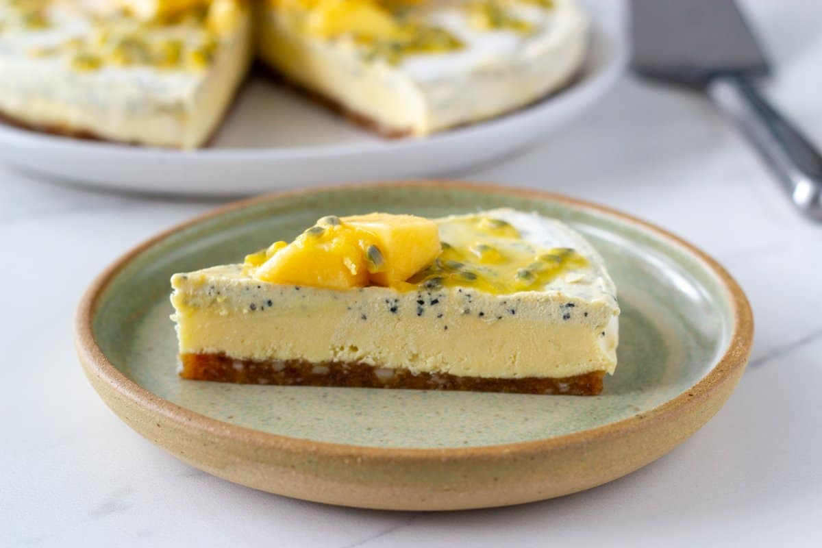 This raw mango and passionfruit cheesecake is the perfect summer raw dessert. Made with three amazing ingredients - macadamias, mango and passionfruit, this dessert is simply irresistible.