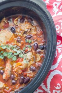This slow cooker chicken cacciatore is the perfect slow cooker recipe to warm you up during the winter months. Gluten free, diary free, keto and paleo.