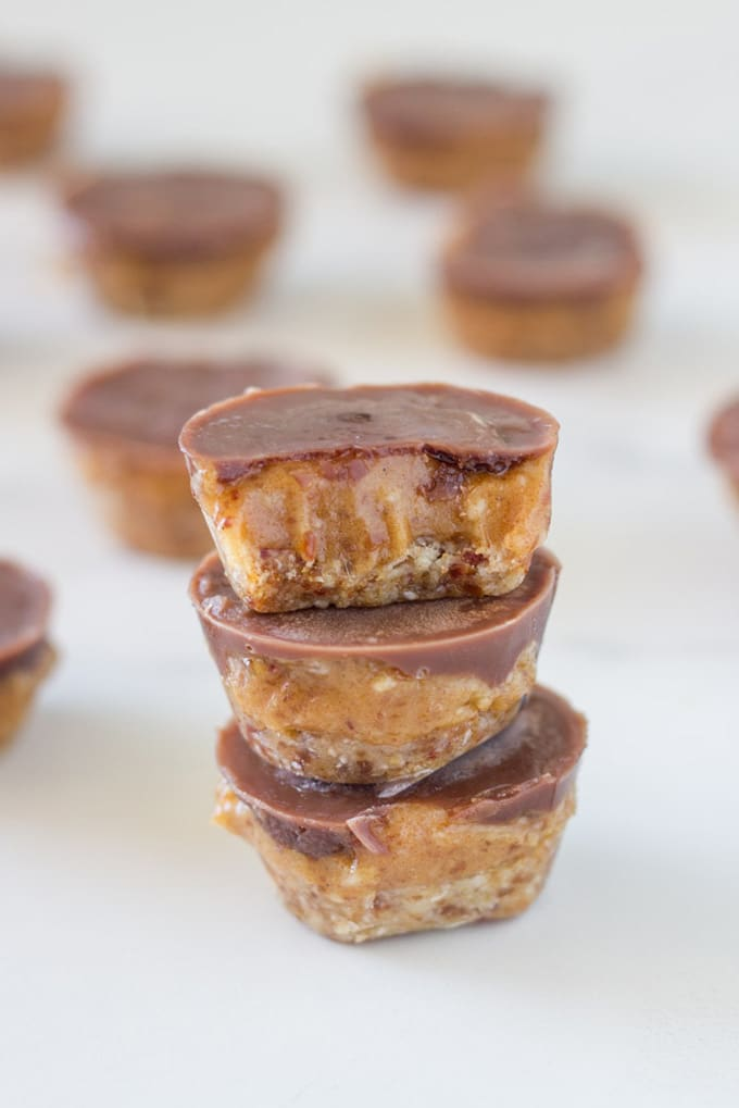 photo of how the raw caramel slice bites will look like when you have finished making them