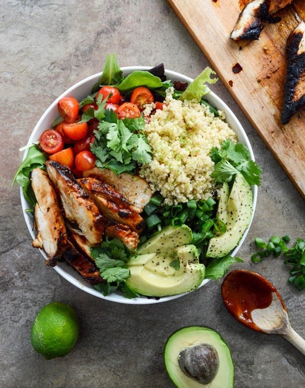 8 beautiful Buddha Bowls that you need in your life right now. They are easy to make, visually appealing and super healthy. What is not to like!