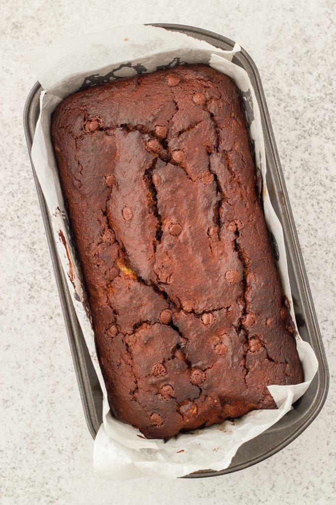 This is the tastiest ever gluten free chocolate banana bread!!! It is also dairy and refined sugar free. It is super easy to make and you wouldn't even guess it was gluten free.