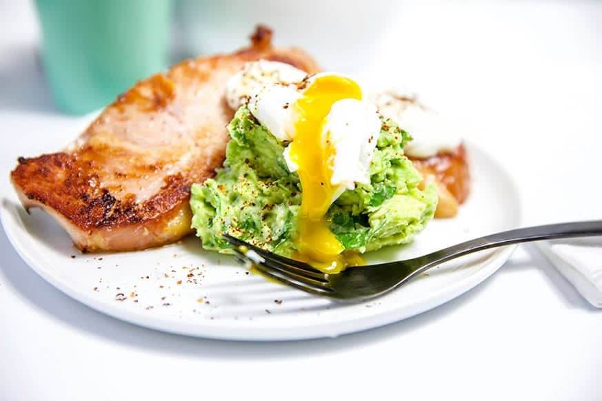 19 of the best low carb keto breakfast recipes for every occasion. Whether you are in a hurry or it's the weekend, you will find recipes to suit every occasion - Bacon Chops Guacamole and Poached Eggs.