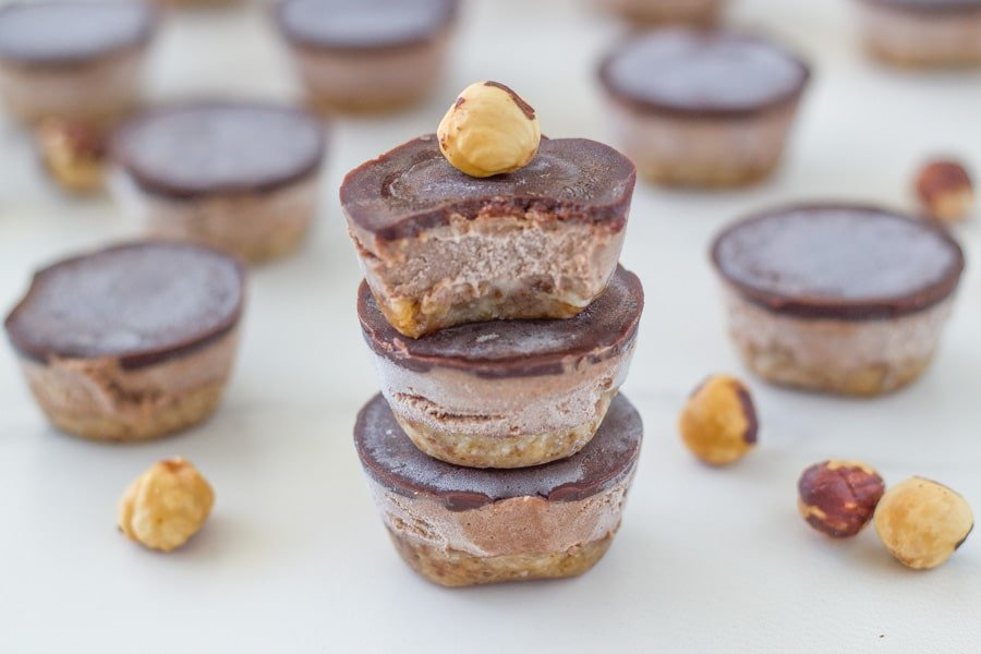 These mini no bake nutella bites are the BEST! Made with only real wholefood ingredients and packed full of deliciousness!