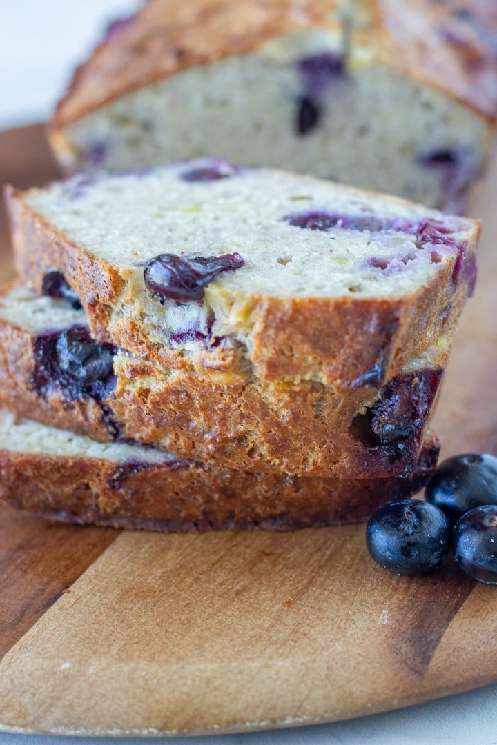 Low carb banana and blueberry bread
