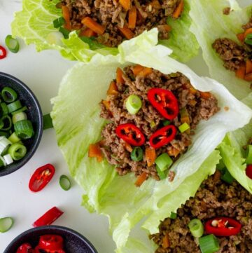 Beef Lettuce Wraps are the perfect weeknight meal. Made in less than 30 minutes, these beef mince lettuce cups are packed full of yummy flavour.