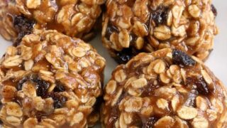 No-bake Oatmeal Cookies